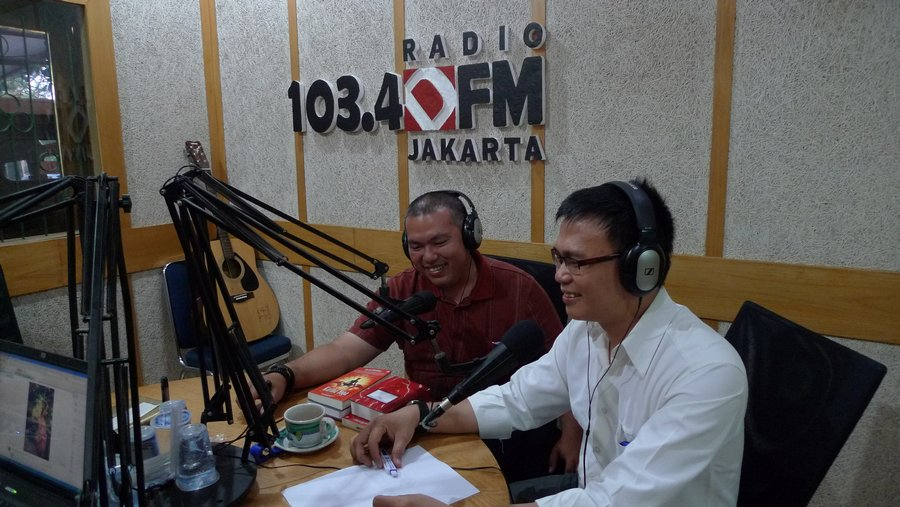 Menjadi Pembicara IT di Radio D-FM